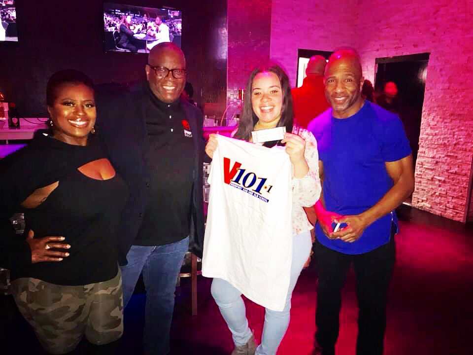 Last night at #Love for the #V101memphis #HappyHour🔥🔥💋🥃🍷#earleaugustus #mikeevansmemphismorningshow #stormytaylor #friday #chill #you #fun