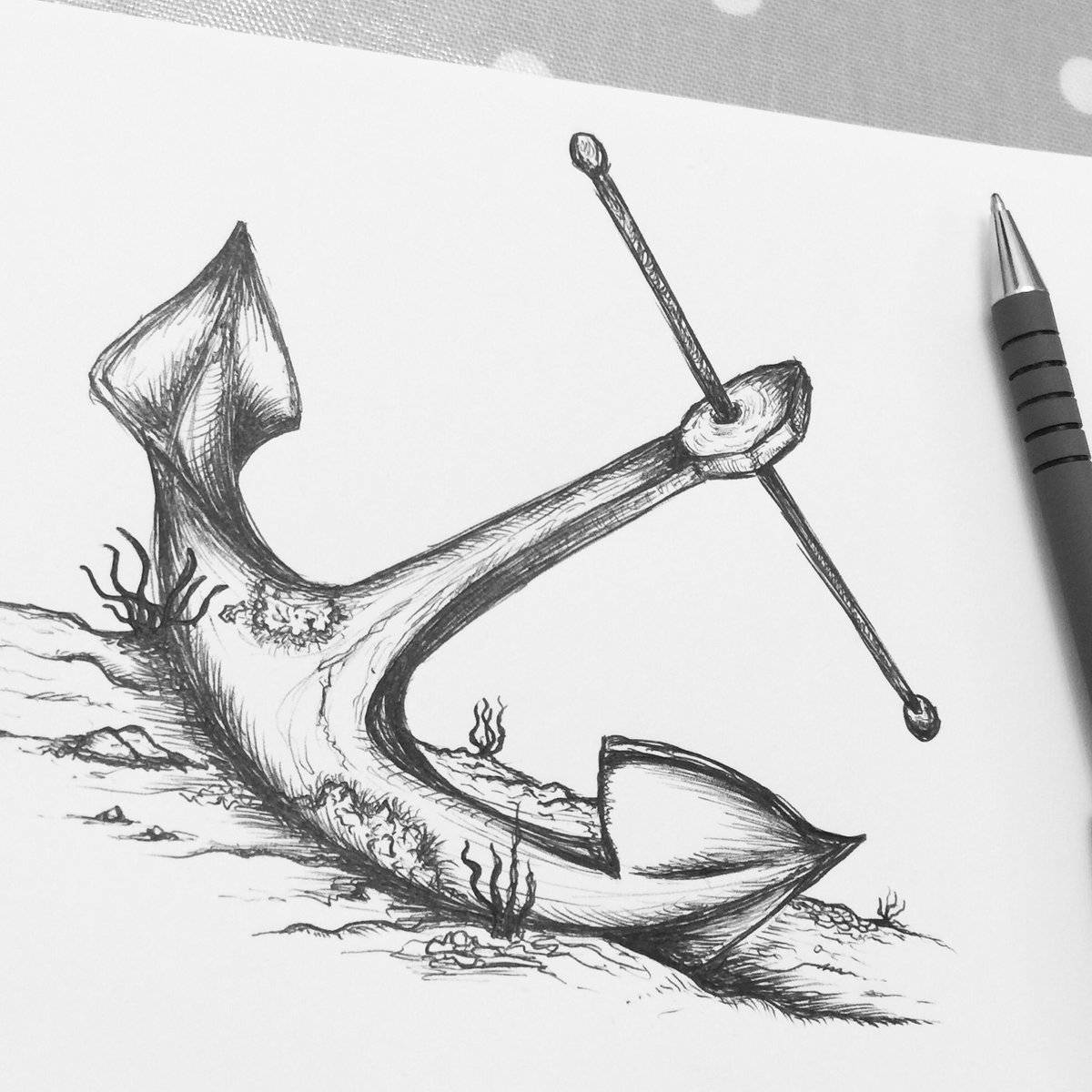 Quick anchor sketch; what else do you find on the seabed / ocean floor?  #illustration #illustrator #art #sketch #sketching #drawing #draw #artist #sketches #pensketch #pensketching #doodle #doodlesketch #doodles #graphicdesign #graphicdesigner #sketchbook