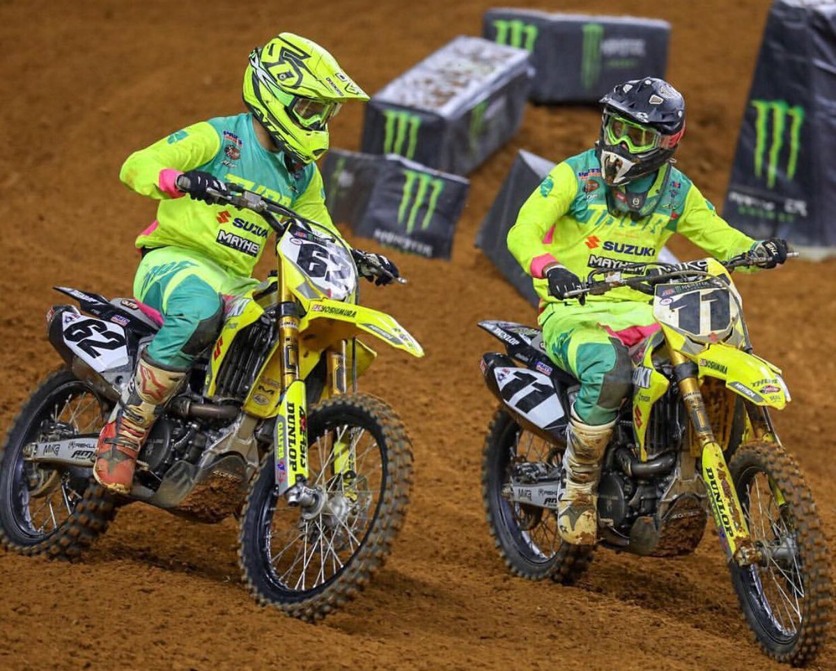 @KyleChisholm11 and @alexray_62 from @HEP_motorsports made it through #supercross #lcq and heading to the main #dropthegate