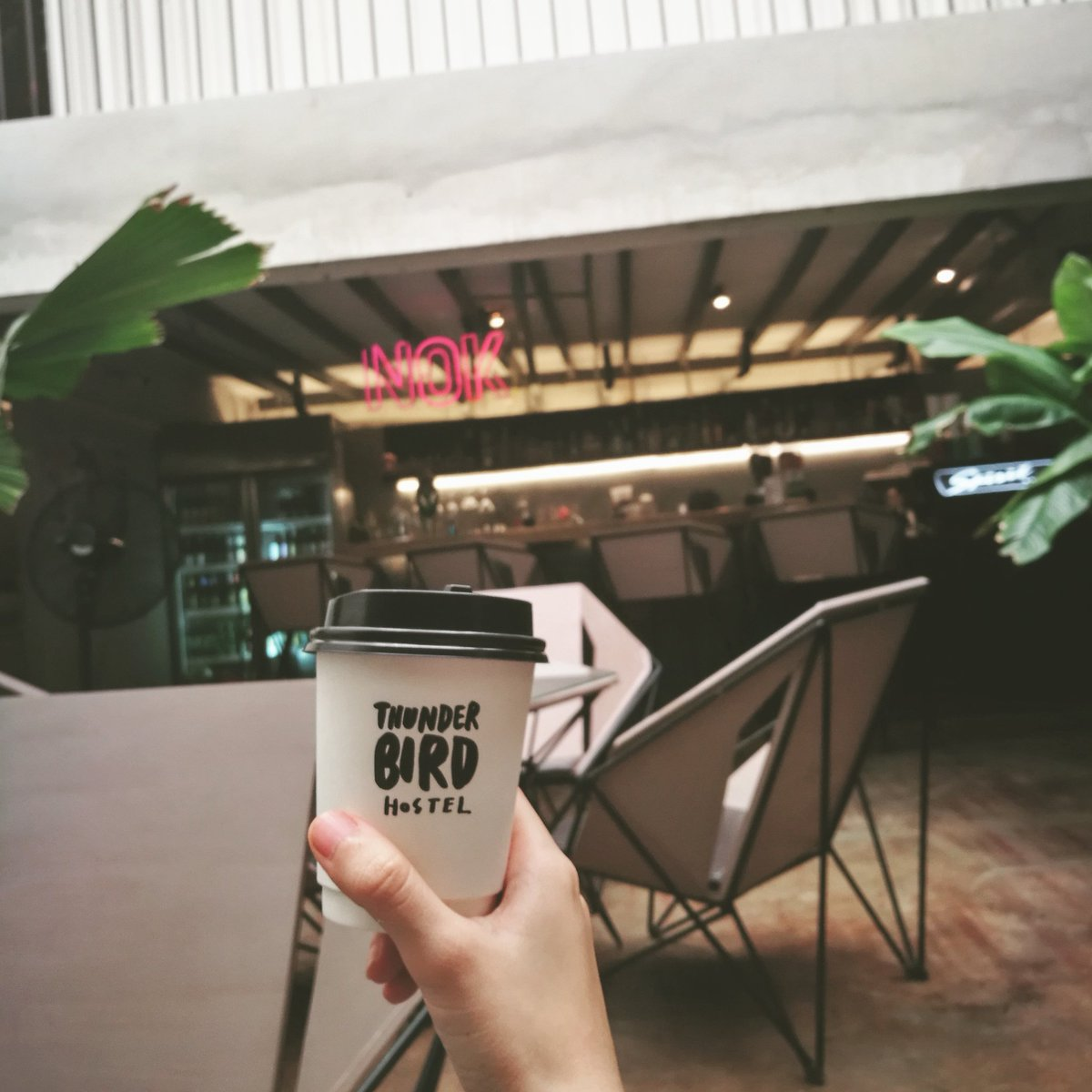 Let&#39;s begin the day with coffee. #thunderbirdhostel #thunderbird #coffeetime #reviewchiangmai #chiangmai #thailand #coffee<br>http://pic.twitter.com/jirsV6hrZO