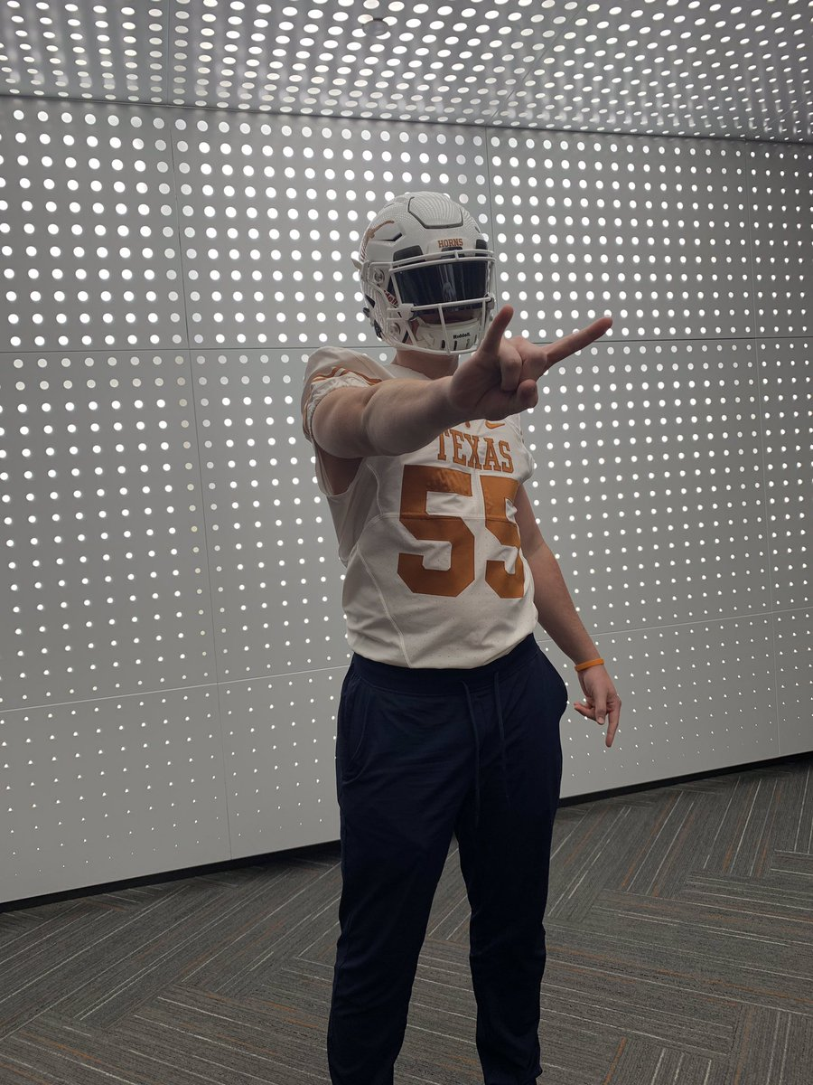 Had a great time at The University of Texas today! #HookEm <br>http://pic.twitter.com/FAaho7y074