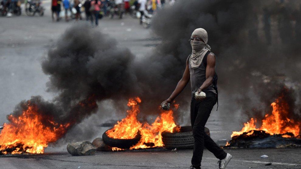 EE.UU. ordena a su personal diplomático no esencial salir de Haití https://t.co/JJ6grz7bMH