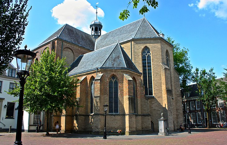 Just a short walk north of #St. Martin's Cathedral, in #Pieterskerkhof, stands St. Peter's Church (St. Pieterskerk), the first of the town's churches to be built. #Beautiful #View #Photo #Europe  - http://SAVEATRAIN.COM