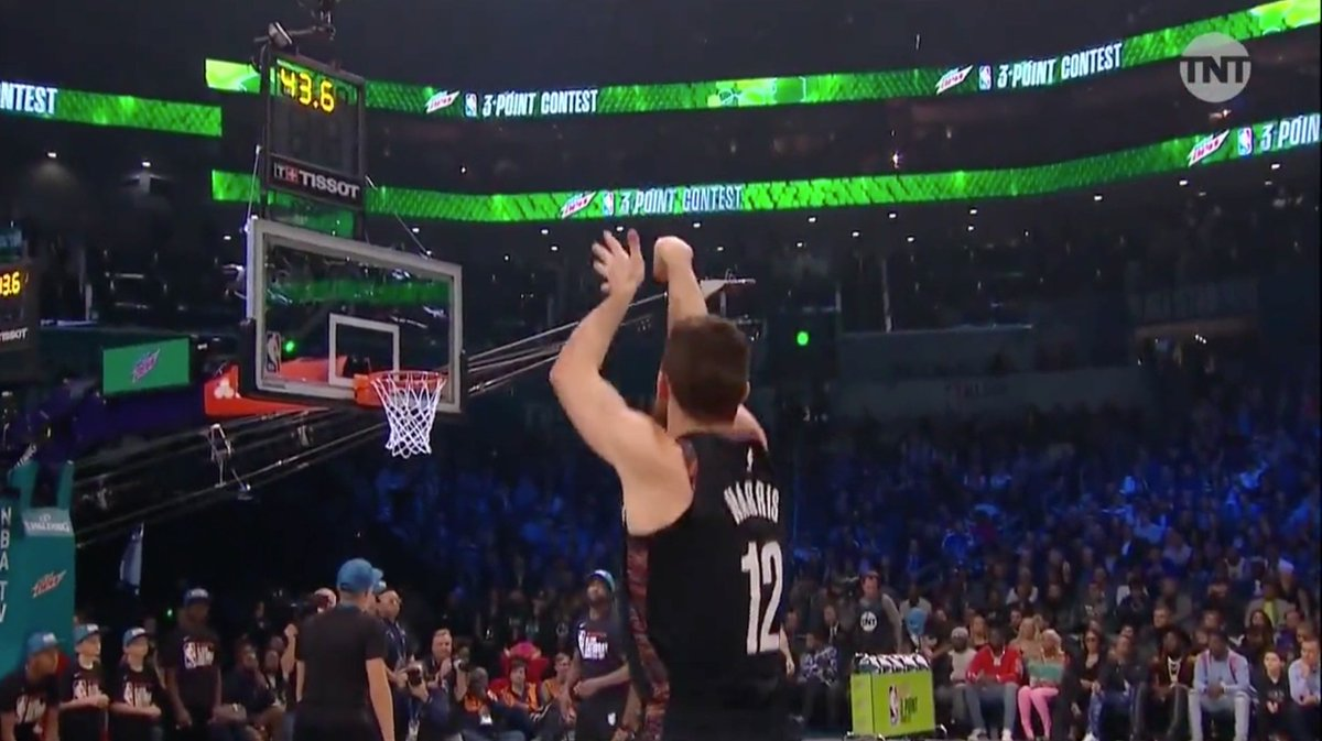 Joe Harris putting up some seriously good opening round numbers at the three point contest