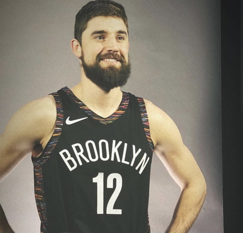 If you don't know, now you know. That boy can shoot!  Joe Harris is the NBA 3-PT Champion!!