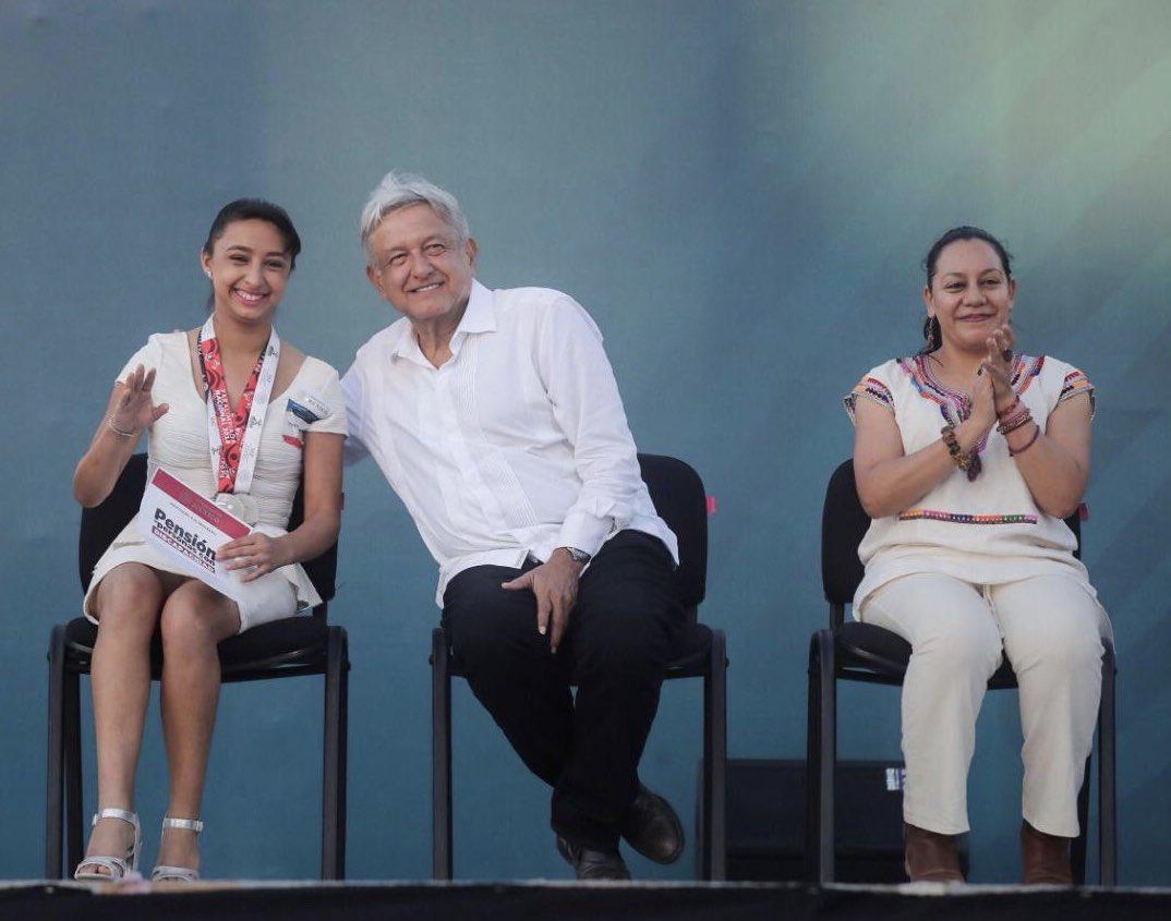 En Sinaloa entregamos diversos apoyos de los 'Programas Integrales de Bienestar'; nos comprometimos a concluir la construcción de la presa Santa María, rehabilitar el puerto de Mazatlán y regularizar paulatinamente a los trabajadores del sector salud.