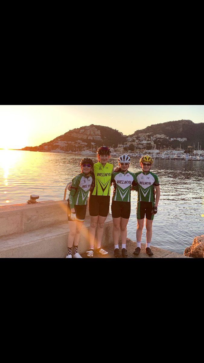 @welwynwheelers all ready for a week of training on Mallorca <br>http://pic.twitter.com/lL01i16QP3