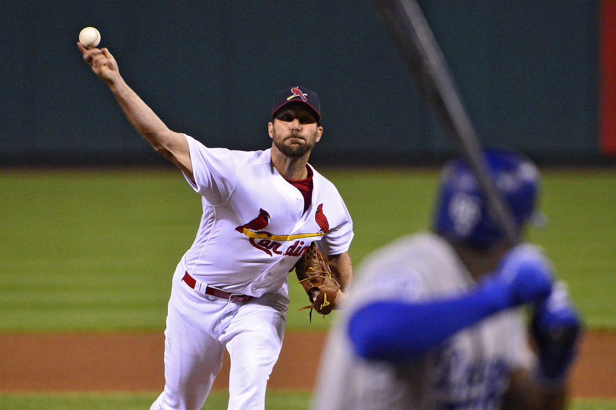 If you missed it earlier today, Adam Wainwright provided a lot more perspective on why he fears that MLB could be headed towards a labor stoppage...#STLCards   https:// stlbaseballweekly.com/wainwright-ela borates-on-potential-strike/ &nbsp; … <br>http://pic.twitter.com/zHMsPEPZ18