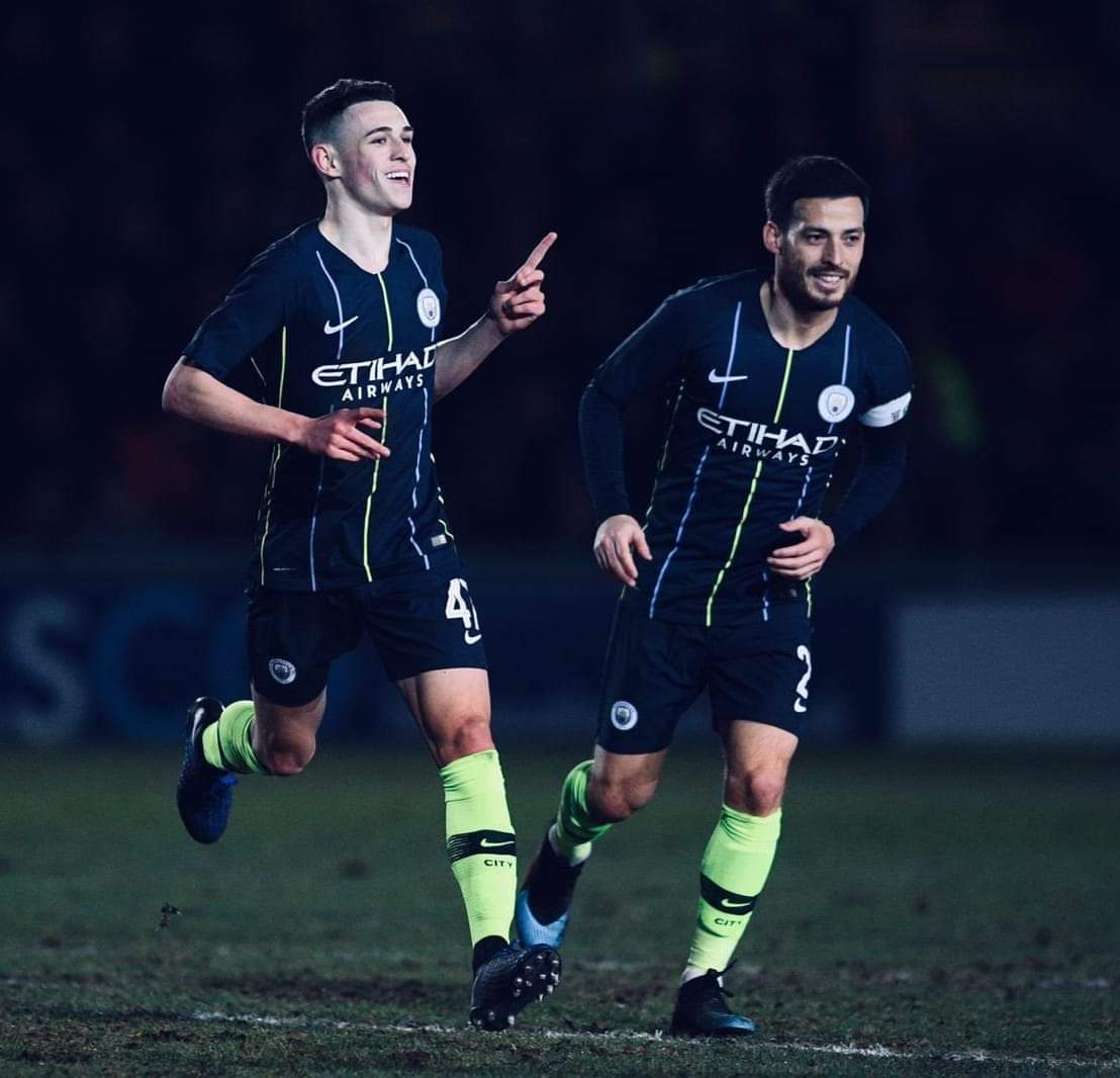 1Learning from the best 🔵💙   #MCFC #mancity #mancityfcfans #ManchesterCity #Foden
