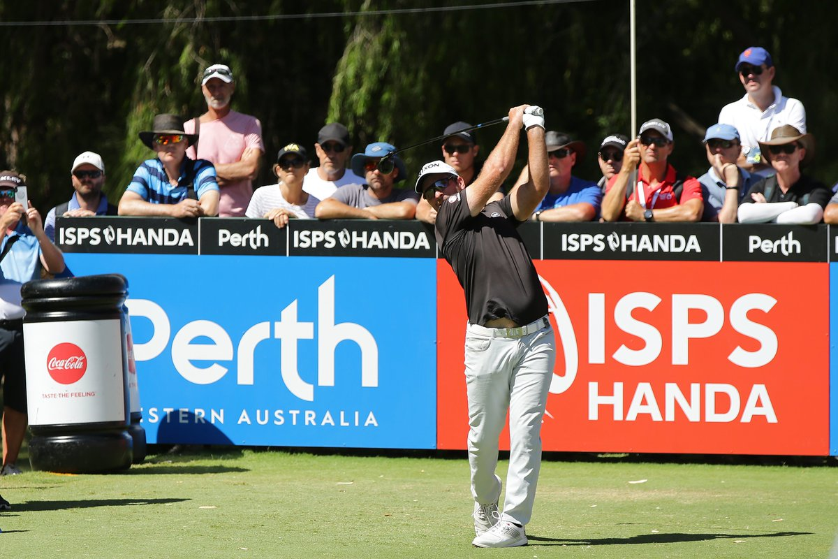 BREAKING: New Zealand's Ryan Fox wins World Super 6 Perth for his maiden victory on the @EuropeanTour #SSN