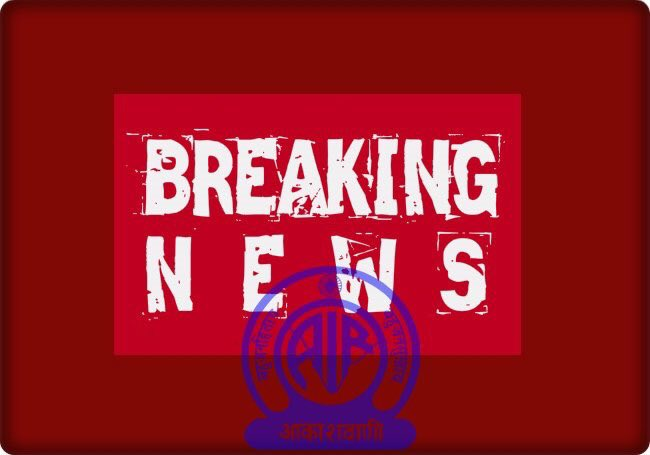 J&K Govt is issuing orders withdrawing all security & Govt facilities provided to the following separatist leaders: 1)Mirwaiz Umar Farooq 2)Abdul Ghani Bhat 3)Bilal Lone 4)Hashim Qureshi 5)Shabir Shah All security & vehicles provided to them will stand withdrawn by today evening.