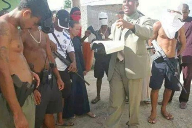 World of the born-again bandits where drug lords enforce Christianity with guns https://t.co/oLxdHUAJ8h