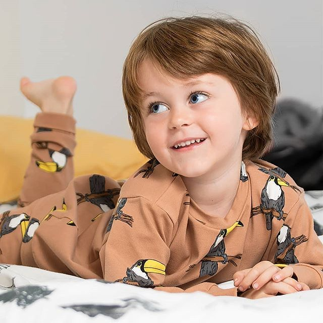 Sundays are for comfies! Organic Toucans loungewear providing the snugs . . #lottiandlysh #toucans #organic #loungewear #kidsfashion #love #organicbaby #cutekidsfashion #unisex #madeintheuk #ethicalfashion #ootd #kidslookbook #kidsfashionblog #kidsstyleblog #mamablog #pblogg… pic.twitter.com/mSzv7p1Cev