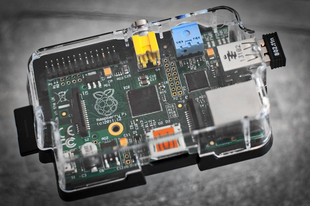 Vous pouvez désormais installer Windows 10 sur un Raspberry Pi https://t.co/zR6XXf1WNm