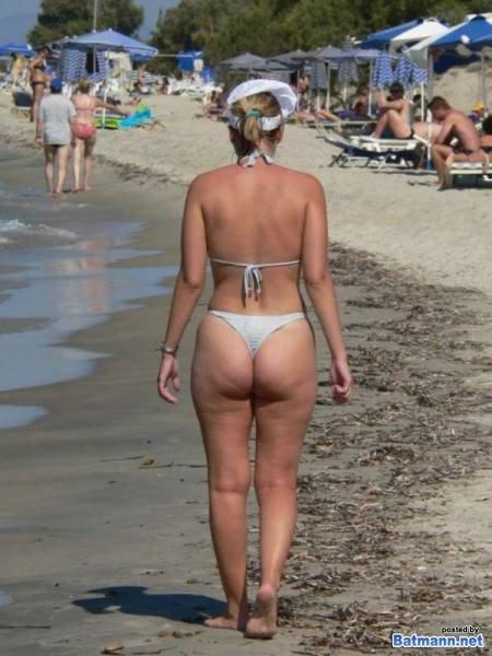 сюжеты женщины в теле на пляже в стрингах фото сама роддоме