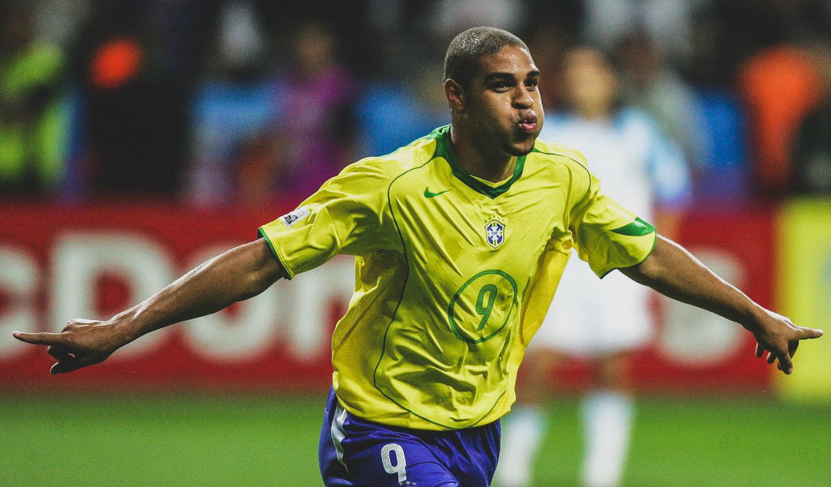 Happy 37th Birthday to PES Legend Adriano!   405 Games (inc 42 Caps for Brazil) 204 Goals 41 Assists   4x Serie A   3x Supercoppa Italiana  2x Coppa Italia  2x Brasileiro Série A  1x Copa America 1x Confederations Cup  99 Shot Power on PES <br>http://pic.twitter.com/M2OynYPet9