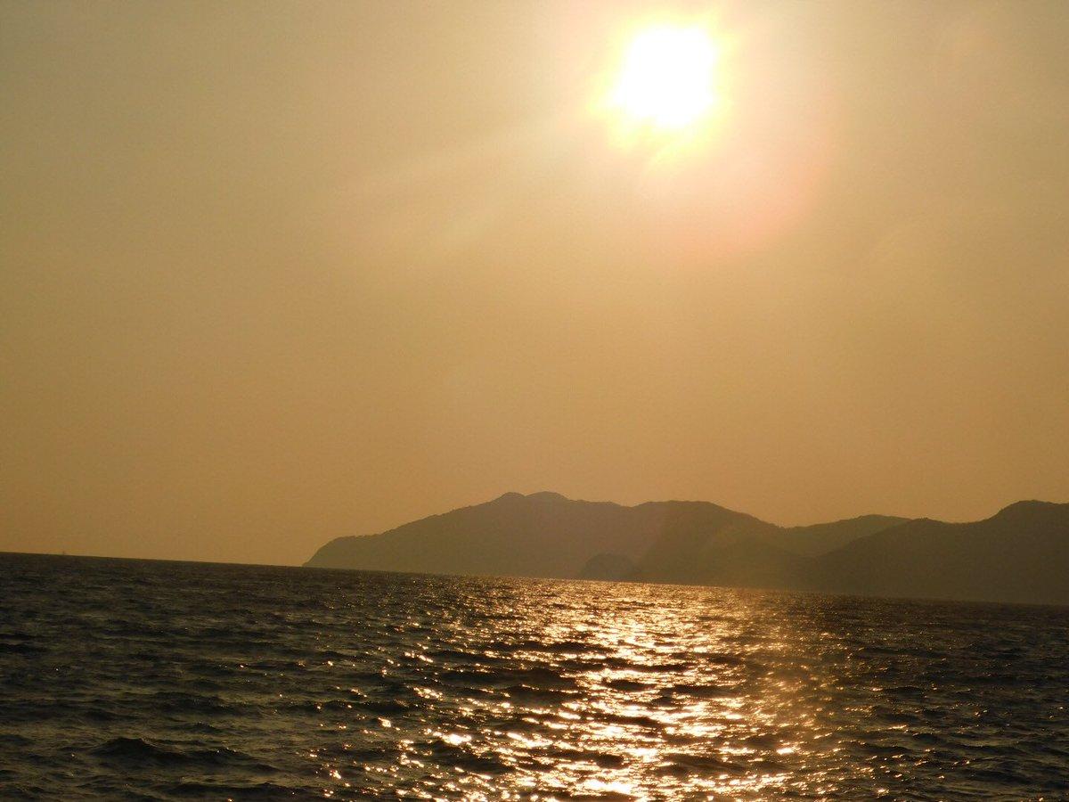 虹ケ浜海岸から見た夕日 綺麗でした
