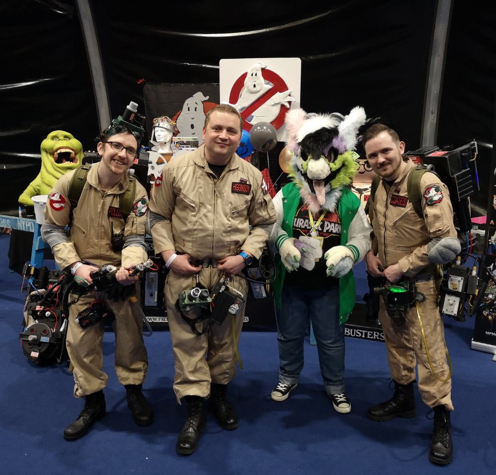 #CityMuttSunday Who you gonna call? These awesome ghostbusters right here! They were all good sports at Belfast Film and Comic Con on Saturday, thanks guys!   ~  👔 - @CityMuttFursuit  👻 - Ghostbusters Ireland 📷 - @FudgyShepherd  #dutchangeldragon #fursuiter #furryfandom