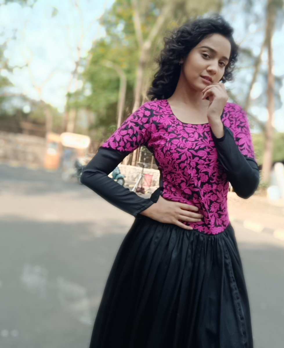 You have given us , the most talented and most lovely @Ashisinghh  @SonyTV  &amp; @ShashiSumeet  #ThankYouYUDKBH<br>http://pic.twitter.com/1aB8fk5CTF