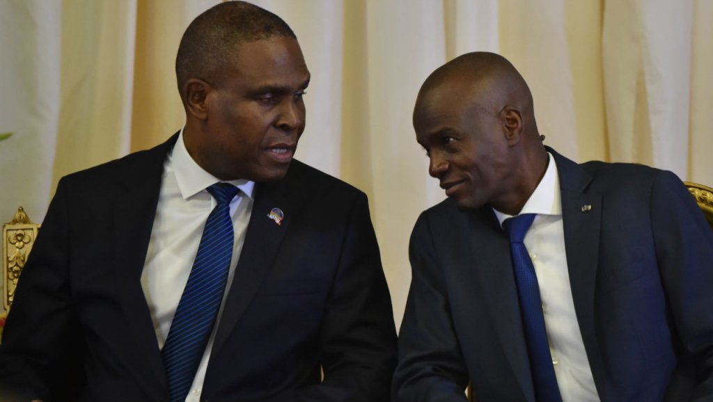Haiti officials to lose perks in PM's response to violent unrest https://t.co/YxvvbHZjah