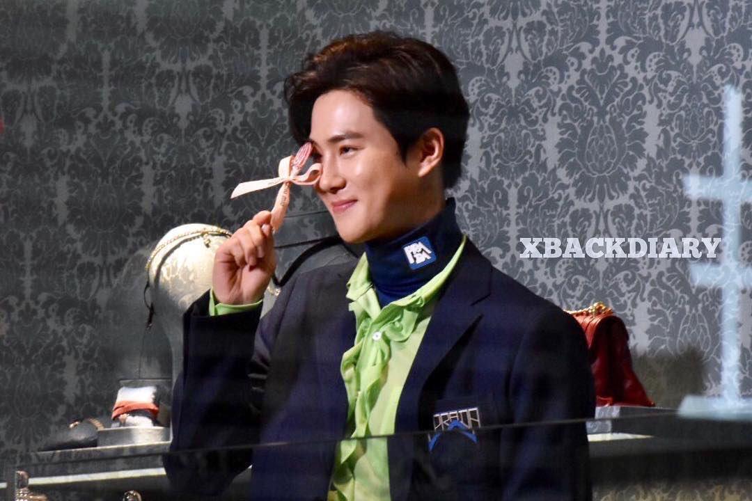 My candy boy~  #수호_MIUMIU #SUHOxMIUMIU @weareoneEXO<br>http://pic.twitter.com/1IvJD3NggK
