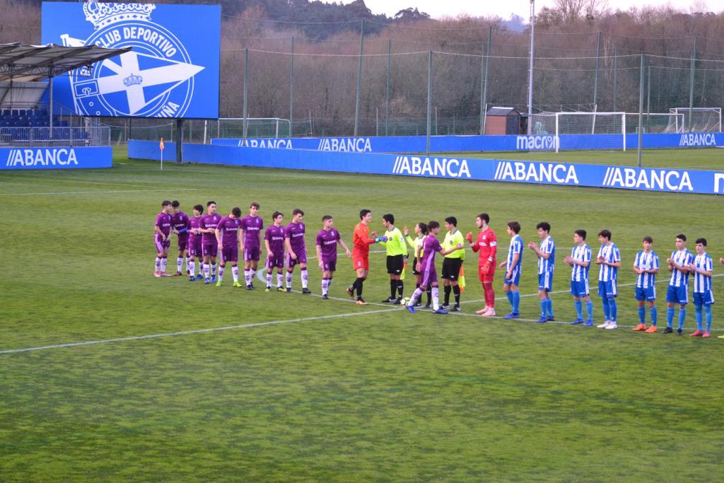 Nueva victoria para los chicos del Cadete A del @rcdeportivo ante el @AtlCorunaMonta en la tarde de este viernes.  Final: 4-2 #DéporAtlcoCoruña  #Jornada23 #Abegondo #Coruña #CadeteDH #Forzadépor