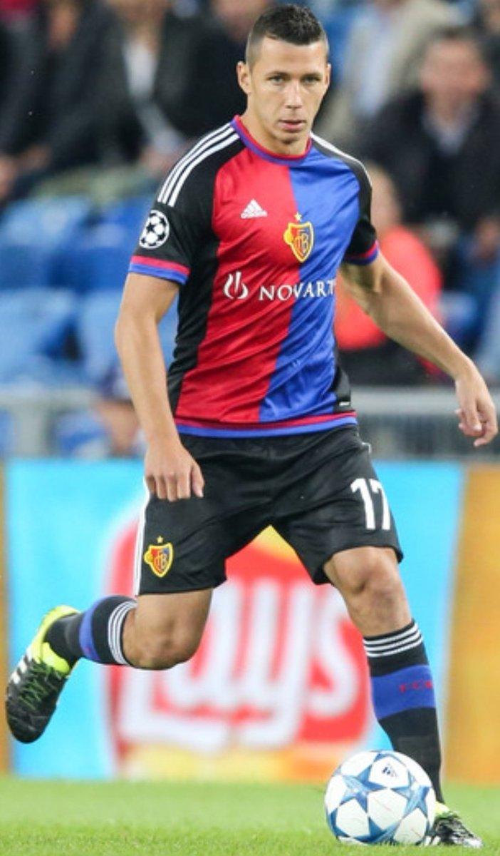 Segnaliamo con particolare piacere il ritorno in #formazione del nostro #capitano Marek Suchy. 👏👏  #rotblaulive #zaemmestark #FCBasel1893 #fcb #calcio #FCBFCS