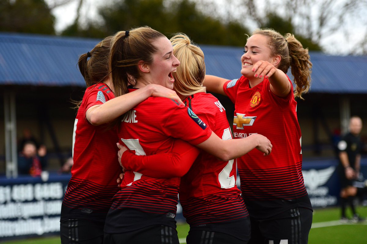 HT:  #MUWomen 2 London Bees 0   A strong first half from United sees us go into the interval ahead thanks to goals from @ellatoone99 and @mollie_green97!