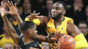 #Shockers are 4-1 ATS in their last 5 games as a road underdog of 7.0-12.5. #Bearcats are 8-3 ATS in their last 11 games as a home favorite of 7.0-12.5.   #AAC  #ncaab  #dbs4
