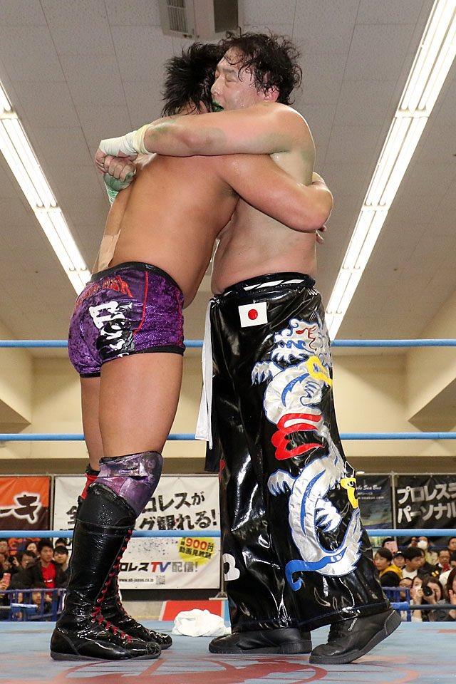 "AJPW: ""Jr. Battle of Glory 2019"" Días 8 y 9 Koji Iwamoto, imparable 7"