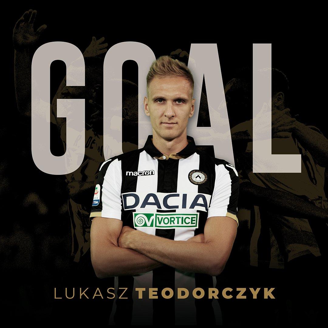 TEEEEEOOOOOOOOOO!!!!!! Entra e segna! C'era arrivato Sorrentino ma Lukasz è arrivato prima di tutti sulla respinta! #Udinese 1 #Chievo 0  #ForzaUdinese #UdineseChievoC#SerieATIMh#AleUdinievo