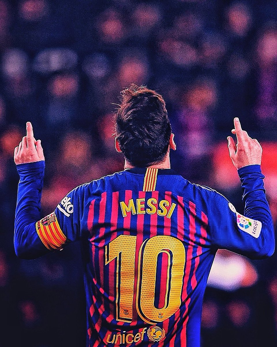 "🇪🇺 Europe's Top 5 Leagues this season:  ⚽ Most Goals: 🇦🇷 Lionel Messi  🎯 Most Assists: 🇦🇷 Lionel Messi  👟 Most Key Passes: 🇦🇷 Lionel Messi  🏃‍♂ Most Dribbles: 🇦🇷 Lionel Messi  🍾 Most MOTM Awards: 🇦🇷 Lionel Messi  🤷‍♂ ""5th best player in the world.""   #FCBarcelona #MESSI"