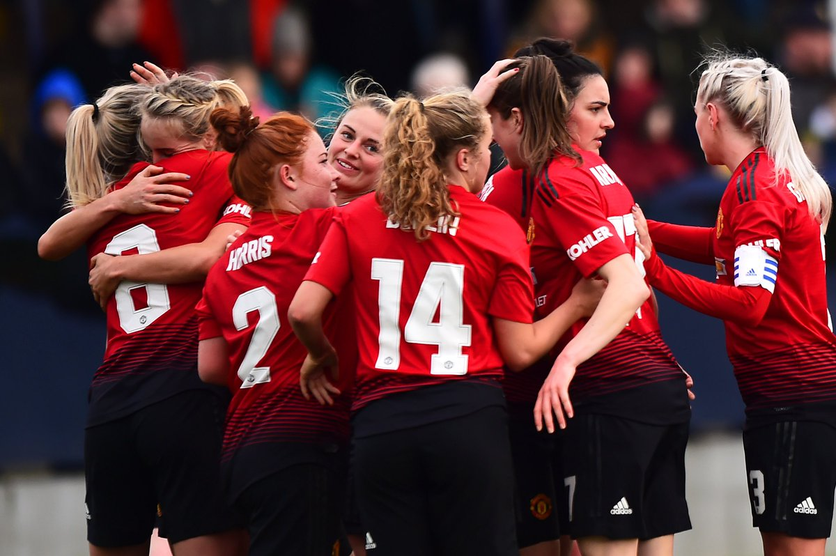 FT:  #MUWomen 3 London Bees 0   United progress to the quarter-finals of the #SSEWomensFACup after a strong display with first half goals from @ellatoone99 and @mollie_green97 followed by a @charliedevlin98 goal late in the second half.