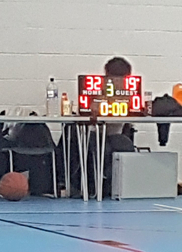 HOOPSTARS V Activities 4 U... 3rd #quarter score to Hoopstars 😁 #BASKETBALL at JFS #sports @TheCBLUK @The_LSB