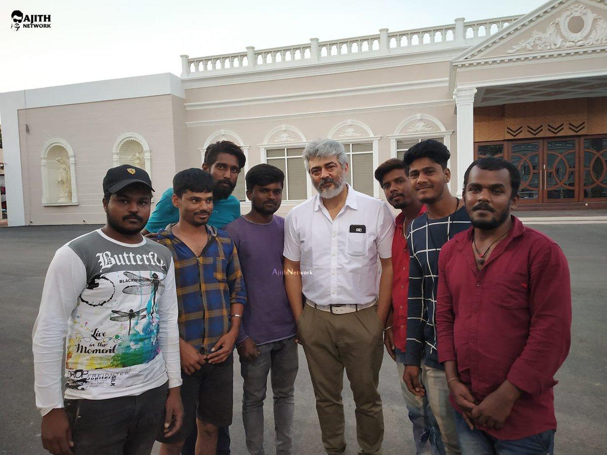 Latest Pic Of Thala #Ajith with fans at #AK59 Shooting spot.   #Thala59