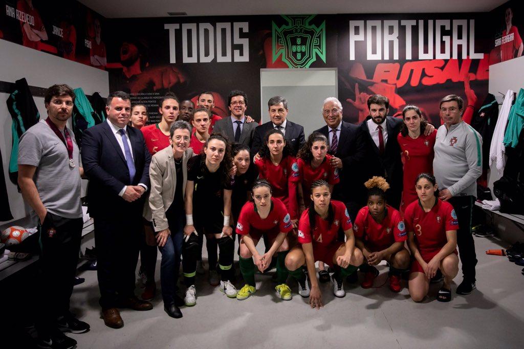bc91a55c0a ... Campeonato e pelo título de Vice-Campeãs da Europa de Futsal Feminino.  Lutaram até ao último minuto e devemos estar reconhecidos pelo feito  conseguido.