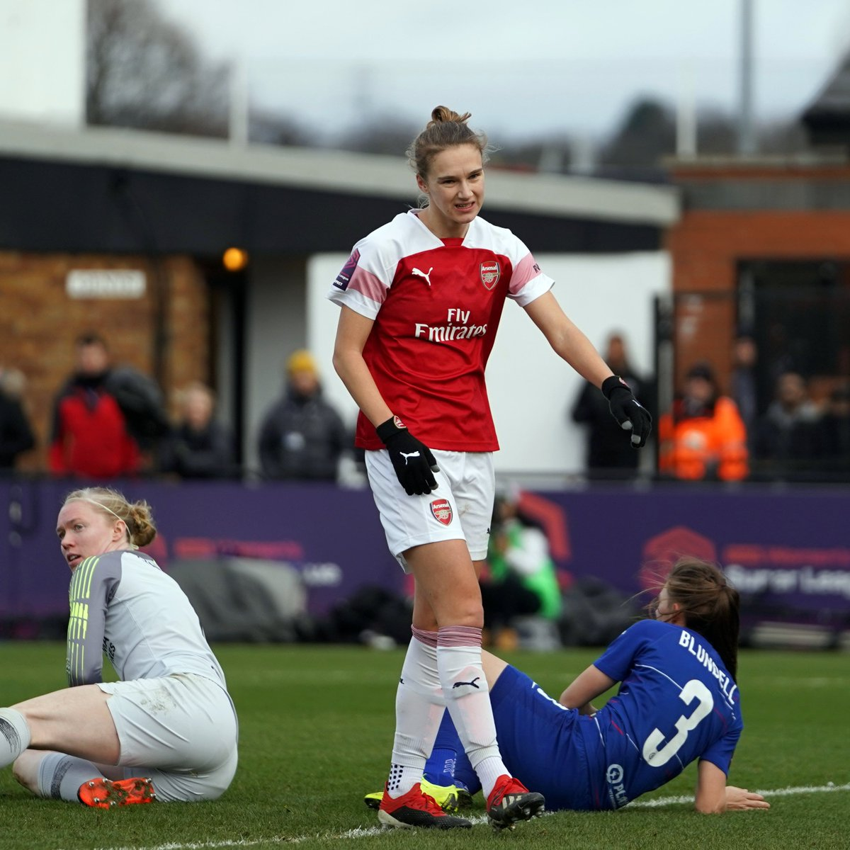 """🗣 @VivianneMiedema """"I think we've disappointed ourselves and everyone in the stadium this afternoon. We'll make sure to put it right.""""  #WeAreTheArsenal 🔴"""