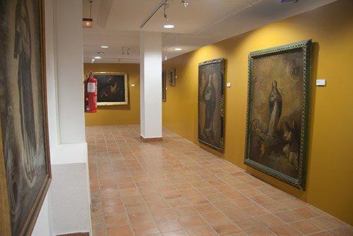 #ArandadeDuero. El Museo #CasadelasBolas alberga una colección pictórica europea que abarca desde el siglo XVII al XX. #Burgos  Foto: @BolasMuseo