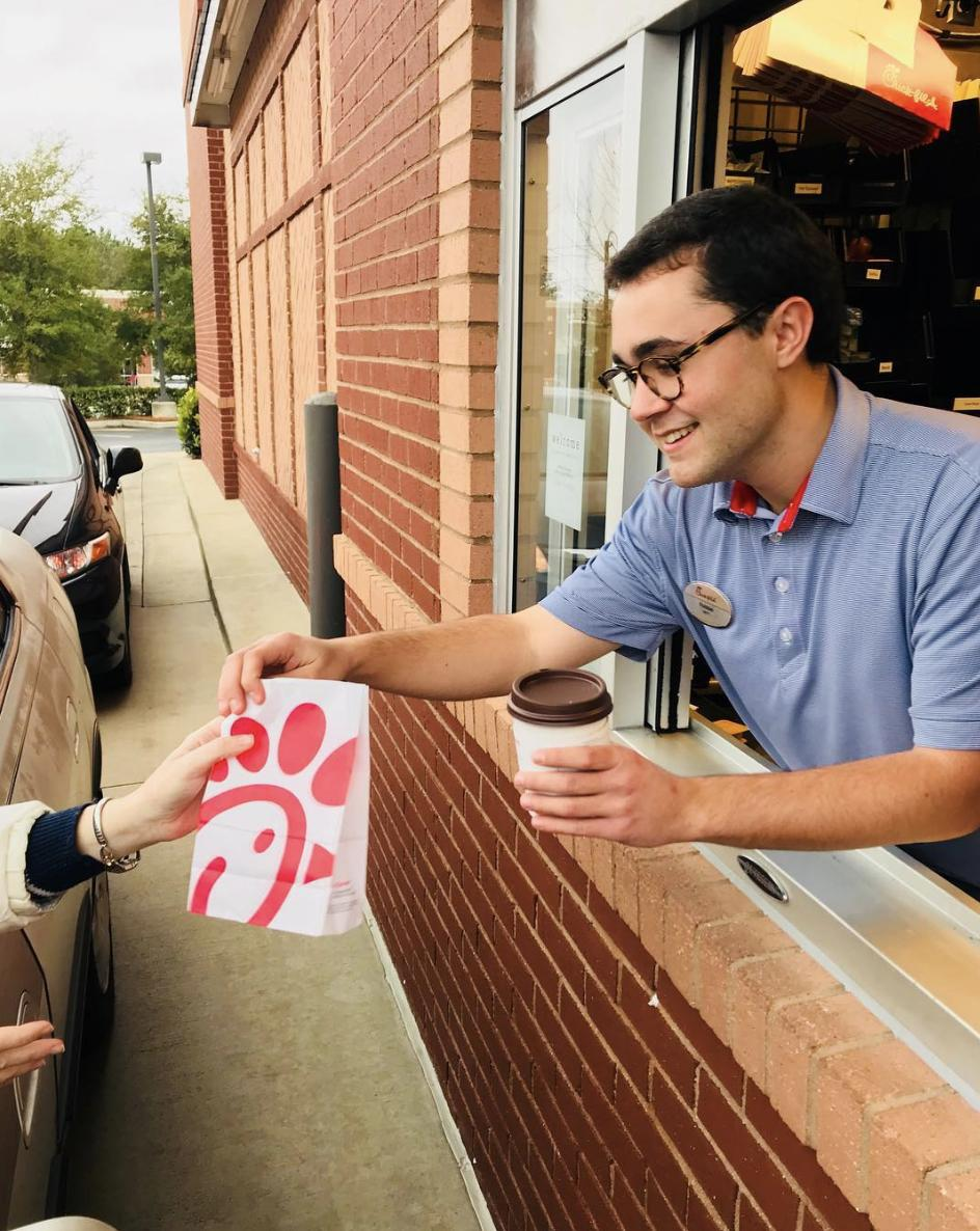 Not sure what&#39;s better. Making it in time for Chick-fil-A Breakfast or that it&#39;s Friday! Photo Credit: @chickfila_at_bradfordville on Instagram  <br>http://pic.twitter.com/MRZUFUxRp8