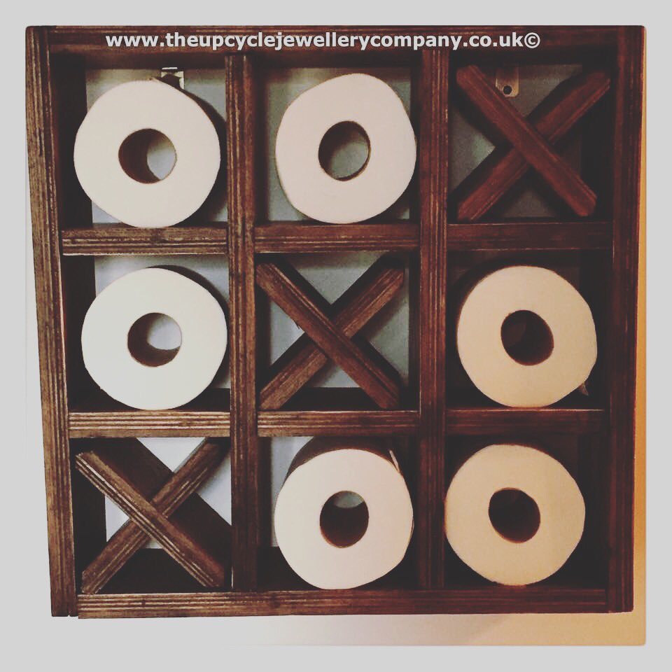 #handmadehour http://www.theupcyclejewellerycompany.co.uk/product/upcycled-noughts-and-crosses-toilet-roll-holder-tic-tac-toe-bathroom-shelves/ …