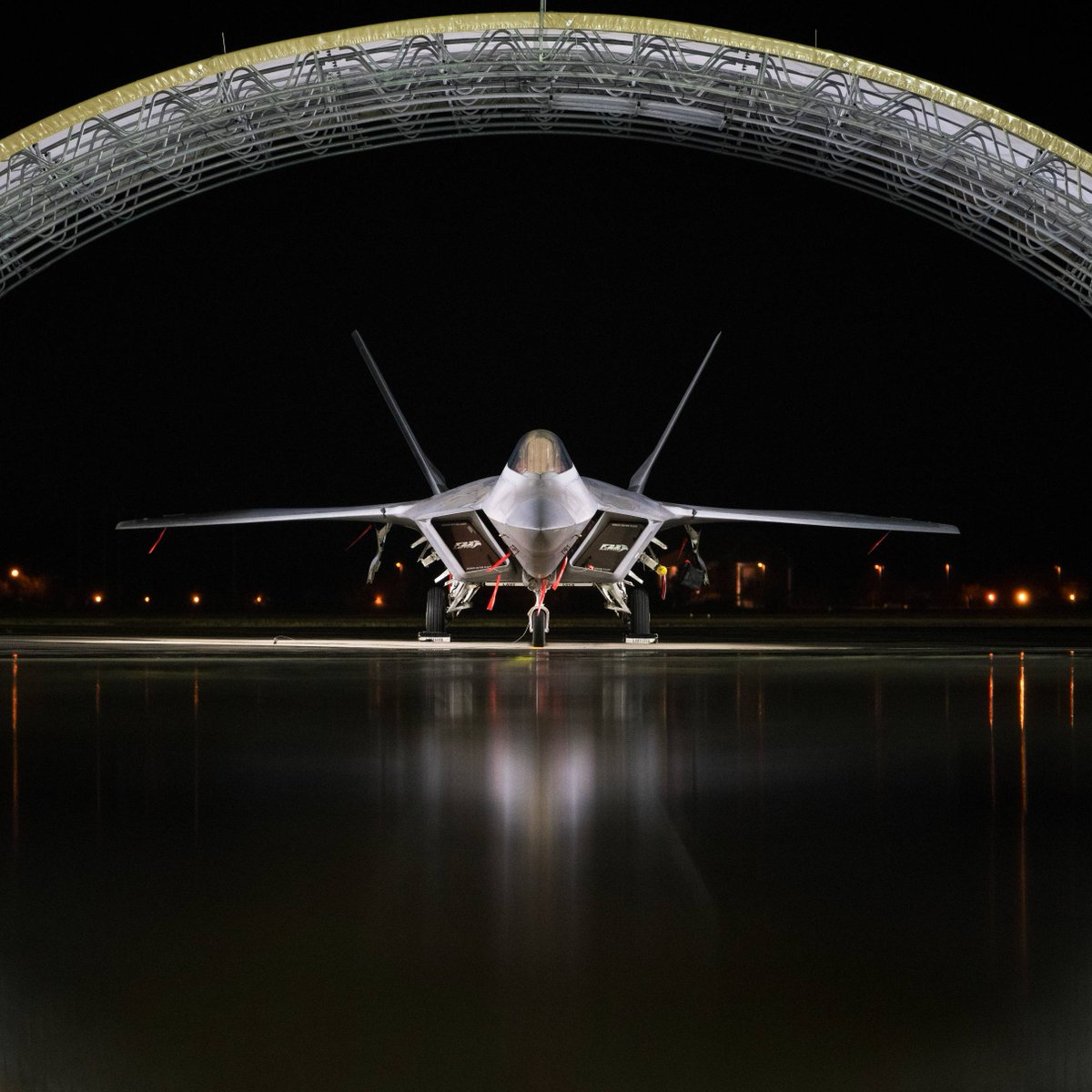 F-22 Raptor at JB Langley-Eustis, Virginia.  . . . #F22 #Raptor #F22Raptor #FighterJet #Fighter #USA #Aircraft #Aviation #USAF #AirForce #AirForceVeterans #Veterans #AviationLife #Pilot #PilotLife #MilitaryPhotography #Military #Stealth #FifthGeneration #MilitaryMachine