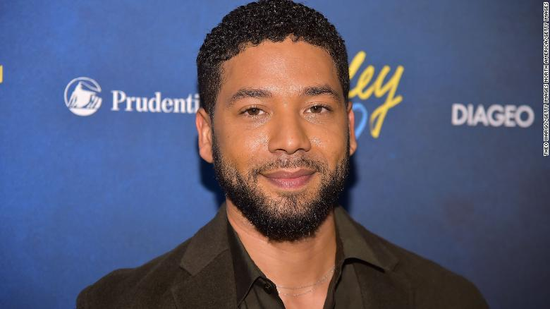 Two law enforcement sources with knowledge of the investigation tell CNN that Chicago Police believe actor Jussie Smollett paid two men to orchestrate an assault on him that he reported late last month  https://t.co/GtCq1pcwpa