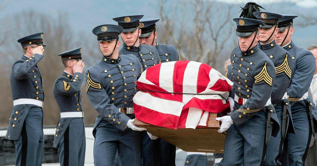 Former Army Secretary John Marsh laid to rest in Virginia https://t.co/3fGPTJREVH