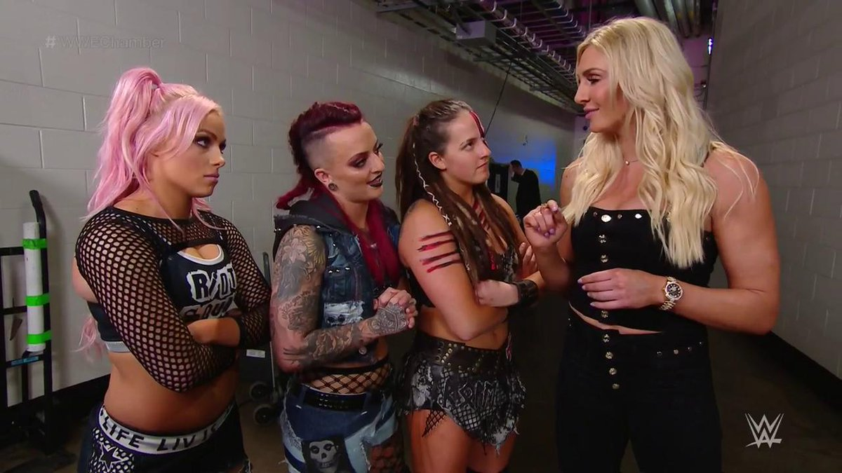 Remember, @RubyRiottWWE...  THE 👑 @MsCharlotteWWE will be watching ringside tonight. #WWEChamber