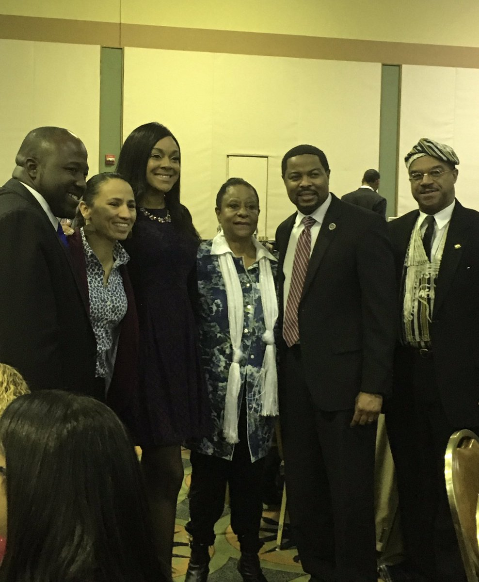 The snow couldn't stop us last night at the 27th Annual #BlackHistoryMonth & Scholarship Banquet, as we honored leaders and minority business owners in the #KCK and #WyCo community.
