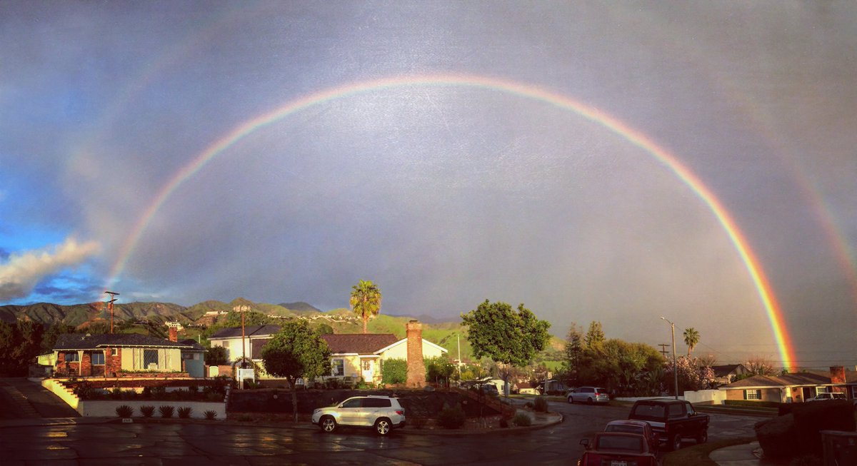 Double  in LA this evening. #LARain #nbcla #rainbow<br>http://pic.twitter.com/l83GHvun4h