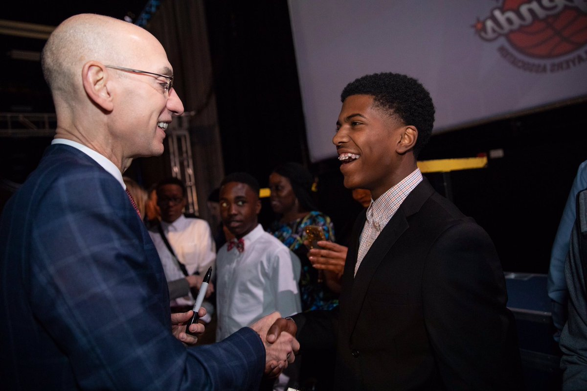 NBA Commissioner Adam Silver meets with Ma'Koi from @MakeAWish! #NBAAllStar