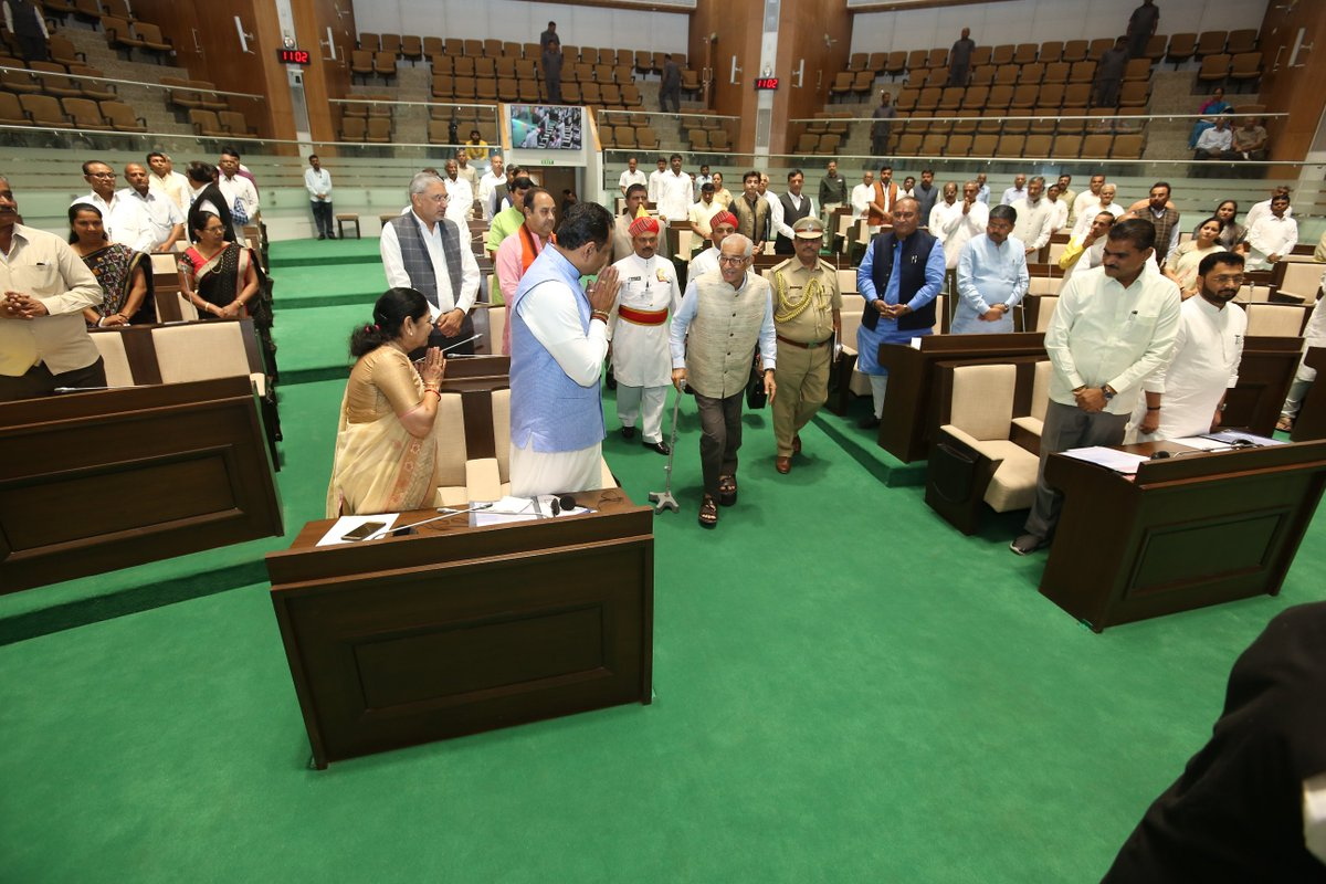 The Budget Session of Gujarat Legislative Assembly begins with the address of Gujarat Governor Shri OP Kohli in the presence of Speaker Shri @trajendrabjp, CM Shri @vijayrupanibjp, Dy CM Shri @Nitinbhai_Patel, LoP Shri @paresh_dhanani and other respected members of the assembly