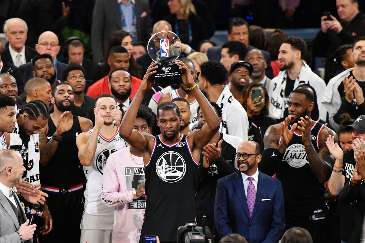 KD wins his second All-Star Game MVP 🏆   He led #TeamLeBron with 31 points -- none of his teammates had more than 20.