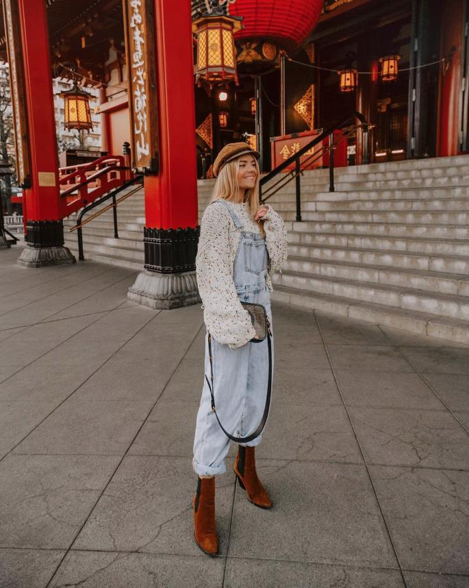 Tokyo charm!! ❤️ 📷 @isabellath #ootd #fashion #style #fashionblogger #blogger #styleblogger #streetstyle #streetwear #streetfashion #fallfashion #winterfashion #tokyo #japan